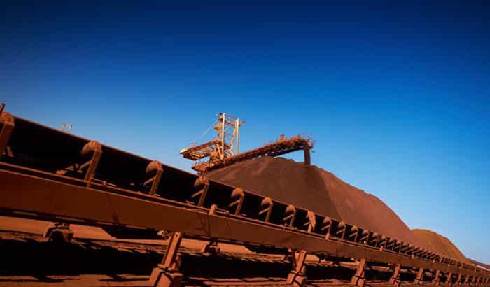 با ادامه واردات چین با سرعت بی سابقه ، قیمت آهن جهش می کند.